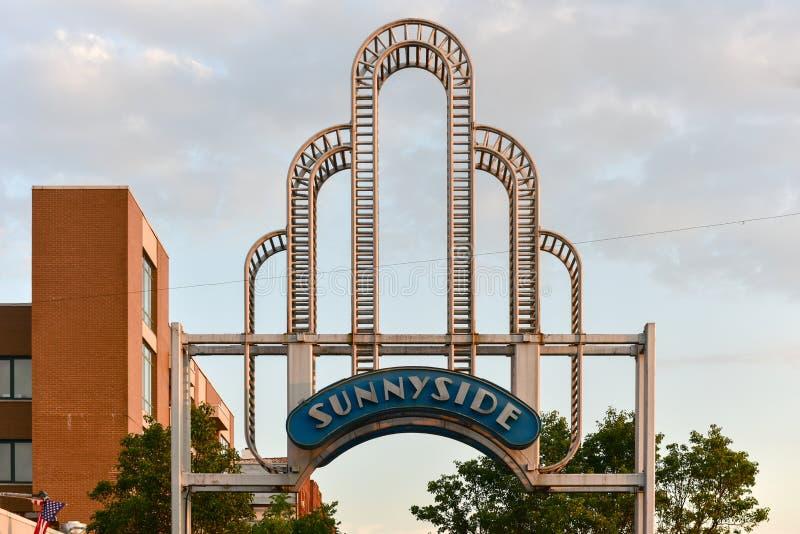 Sunnyside曲拱-女王/王后,纽约 库存图片