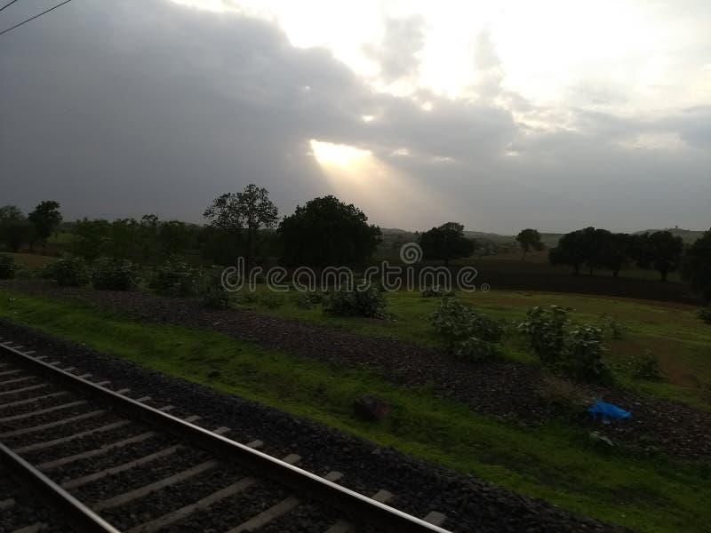 Sunrays chmur Dżdżysta pogoda fotografia stock