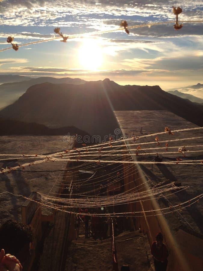 Free Sunrise At The Top Of Adam S Peak Royalty Free Stock Images - 42665519