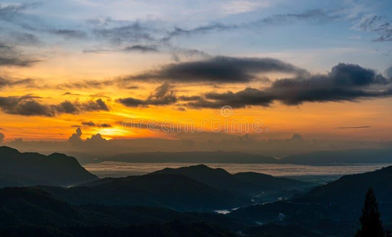 Sunrise in Khao Kho, provincie Phetchabun, Thailand royalty-vrije stock foto's