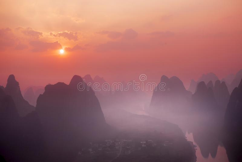 Sunrise Landscape of Guilin, Yangsuo, Li River royalty-vrije stock foto