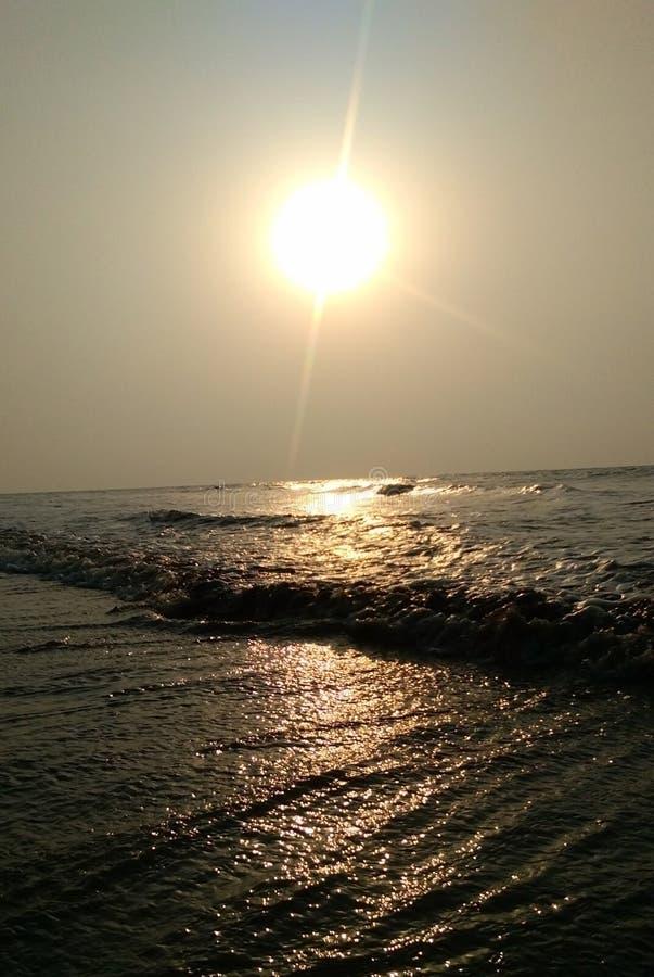 Sunrise_in nya Digha En härliga Glory Show royaltyfri foto