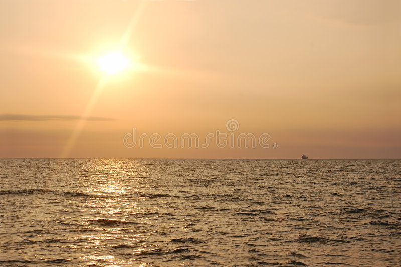 Download Sunrise ocean stock image. Image of color, coast, horizon - 2962811