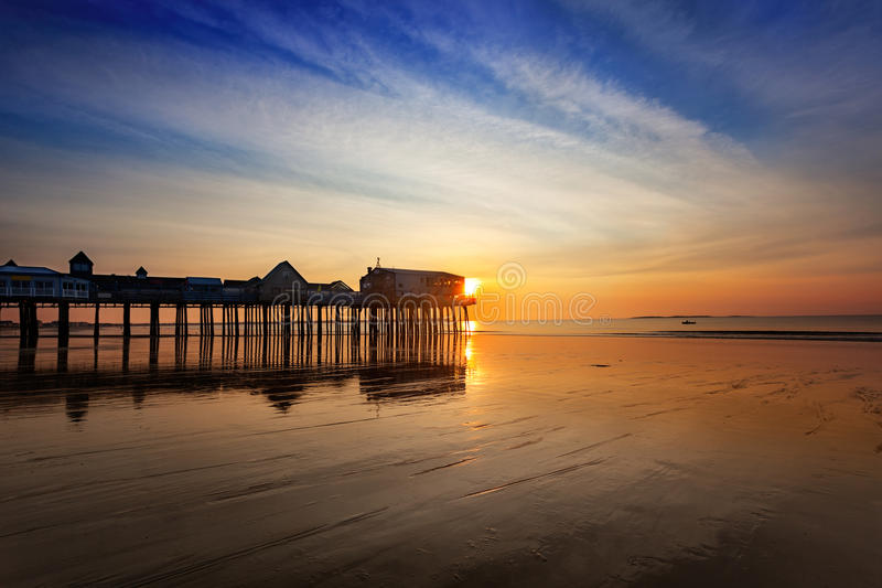 Download Sunrise At Old Orchard Beach Stock Photo - Image: 27306238