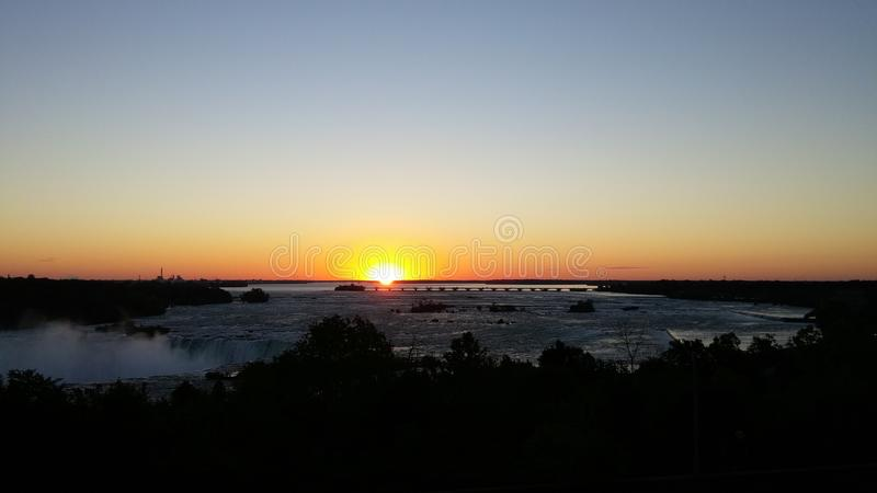 Sunrise over Niagara Falls. royalty free stock photos