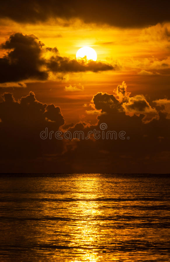 Download Sunrise Over Ocean Stock Image - Image: 31225591