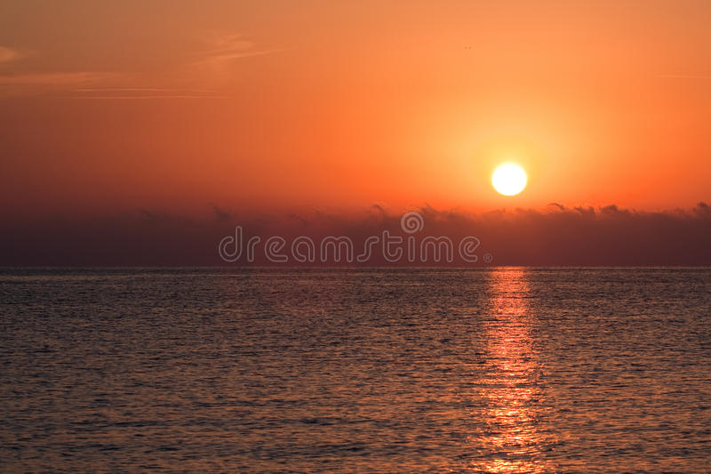 Download Sunrise Over The Sea Royalty Free Stock Image - Image: 19900476