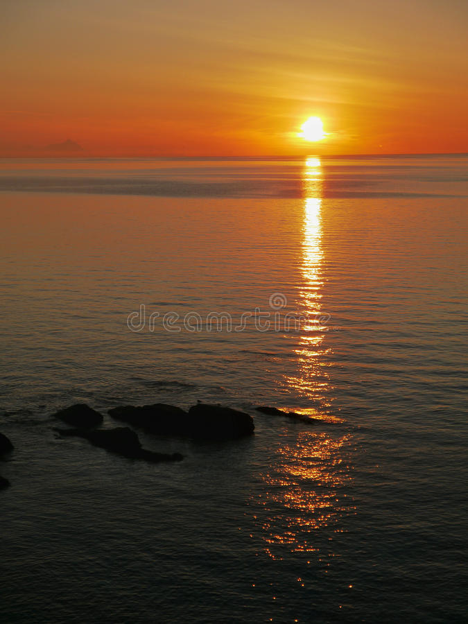 Sunrise over the sea royalty free stock photos