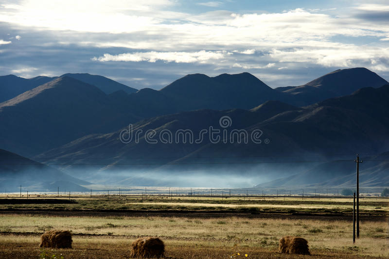 Download Sunrise In Qinghai-Tibet Plateau Stock Photo - Image: 27450962