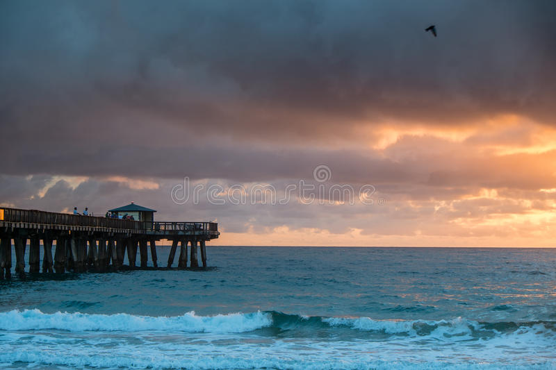 Download Sunrise With A Rain Over Ocean. Stock Image - Image of florida, outdoors: 29378359