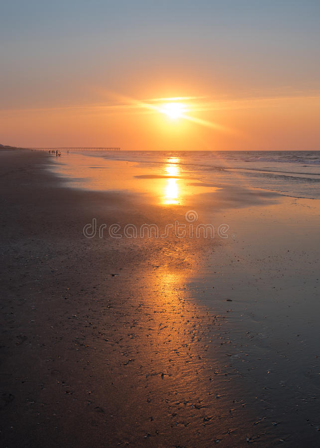 Free Sunrise Reflection On Ocean Isle Beach Royalty Free Stock Photo - 78467035