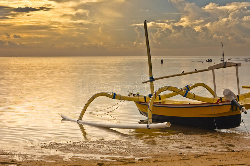 Sunrise at the sanur beach royalty free stock photos