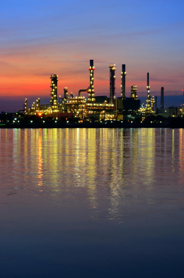 Night Scene Of Oil Refinery Stock Image - Image of thailand