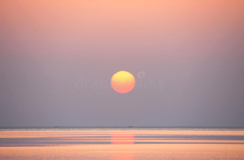 Download Sunrise On The Sea Royalty Free Stock Photos - Image: 18765058