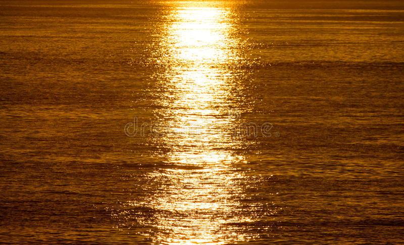 Download Sunrise And Sunshine Over The Sea Stock Image - Image: 33495731