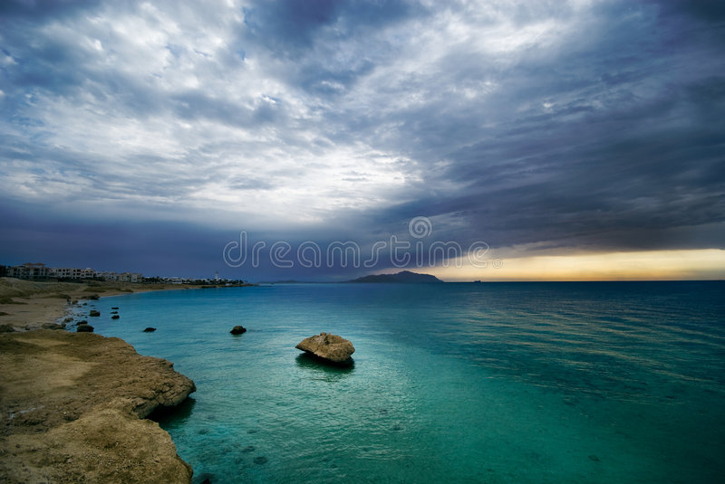 Download Sunrise And Turquoise Ocean Stock Photos - Image: 4092843
