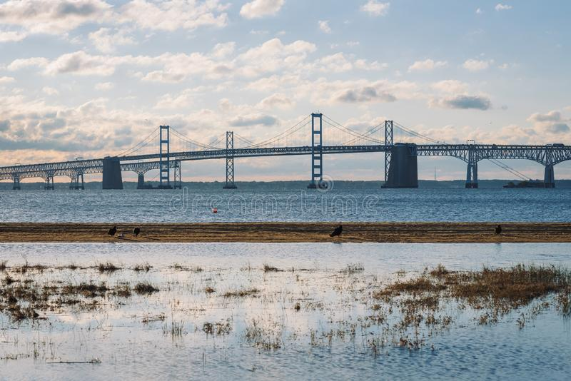 Sunrise view of the Chesapeake Bay Bridge from Sandy Point State Park, in Annapolis, Maryland stock photography