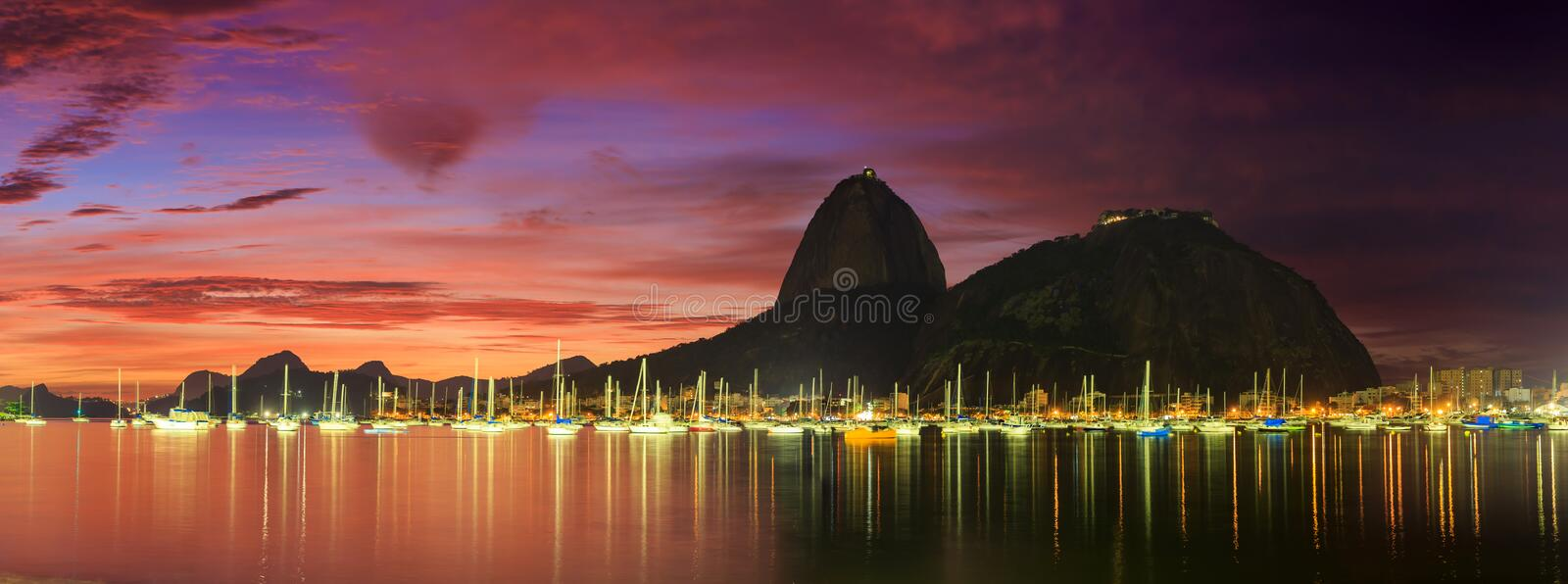 Sunrise view of Copacabana and mountain Sugar Loaf royalty free stock photos