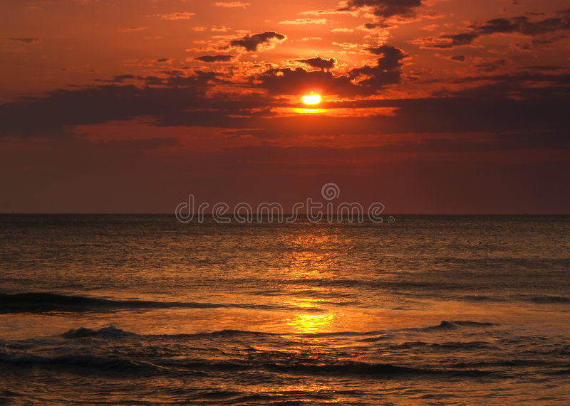 Download Sunrise At Virginia Beach Royalty Free Stock Image - Image: 2319656
