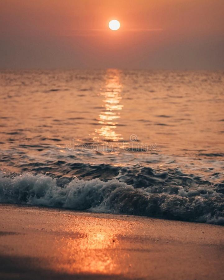 Sunrises sunsets σε έναν ωκεανό στοκ εικόνες με δικαίωμα ελεύθερης χρήσης