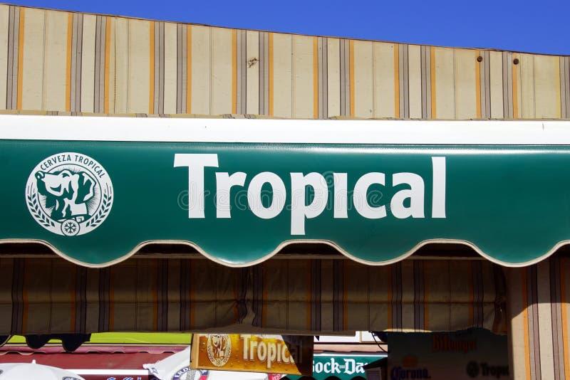 Sunscreen διαφήμιση για την μπύρα Κανάριων νησιών τροπική στοκ εικόνες