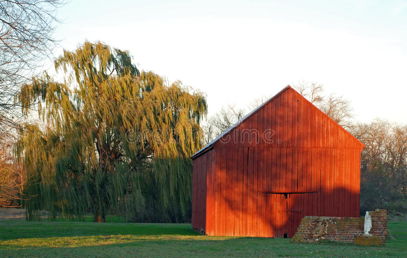 Download Sunset Barn Royalty Free Stock Images - Image: 28569449