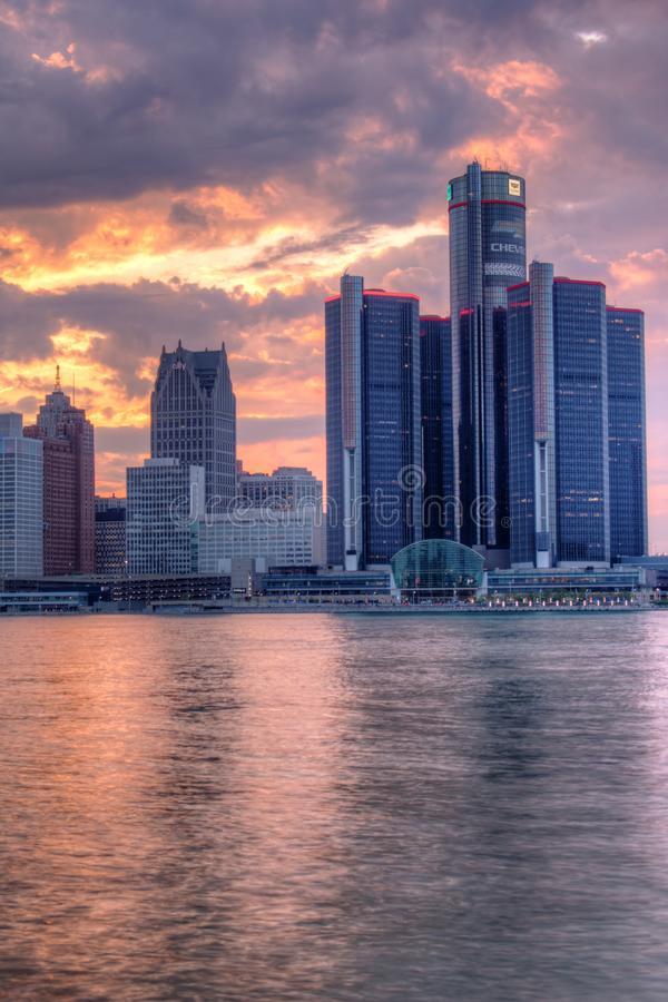 Sunset Behind The Detroit, Michigan Skyline stock images