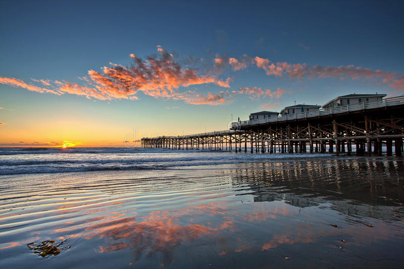sunset at crystal pier in pacific beach san diego. Black Bedroom Furniture Sets. Home Design Ideas