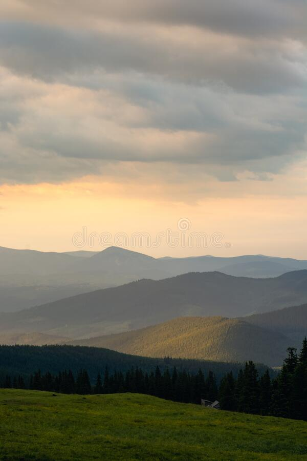 Free Sunset In The Mountains Stock Images - 225022054