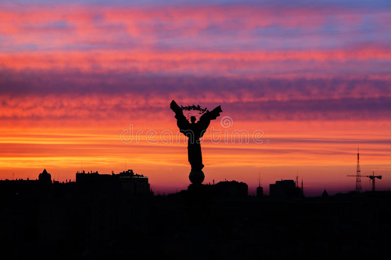 Sunset at Independence Square, Kiev. The Berehnyia statue at the center of Kievs Independence Square at sunset. Independence Square, or the Maidan Nezalezhnosti stock photography