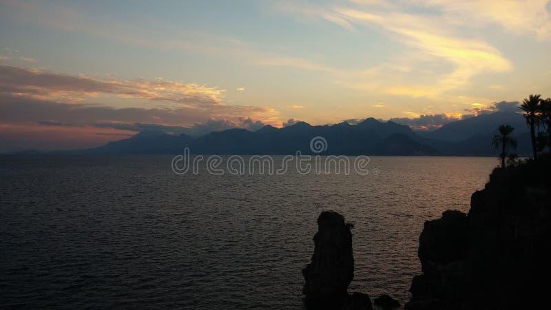 Sunset no mar Mediterrâneo imagens de stock