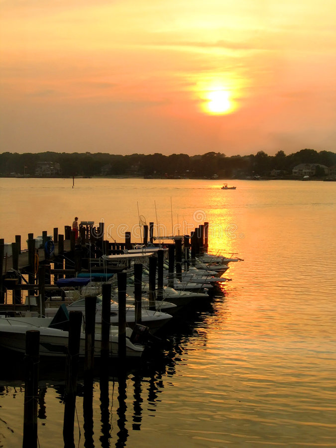 Free Sunset On The Bay Royalty Free Stock Photos - 161628