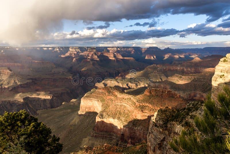 Sunset over Grand Canyon, Arizona, Förenta staterna arkivbild
