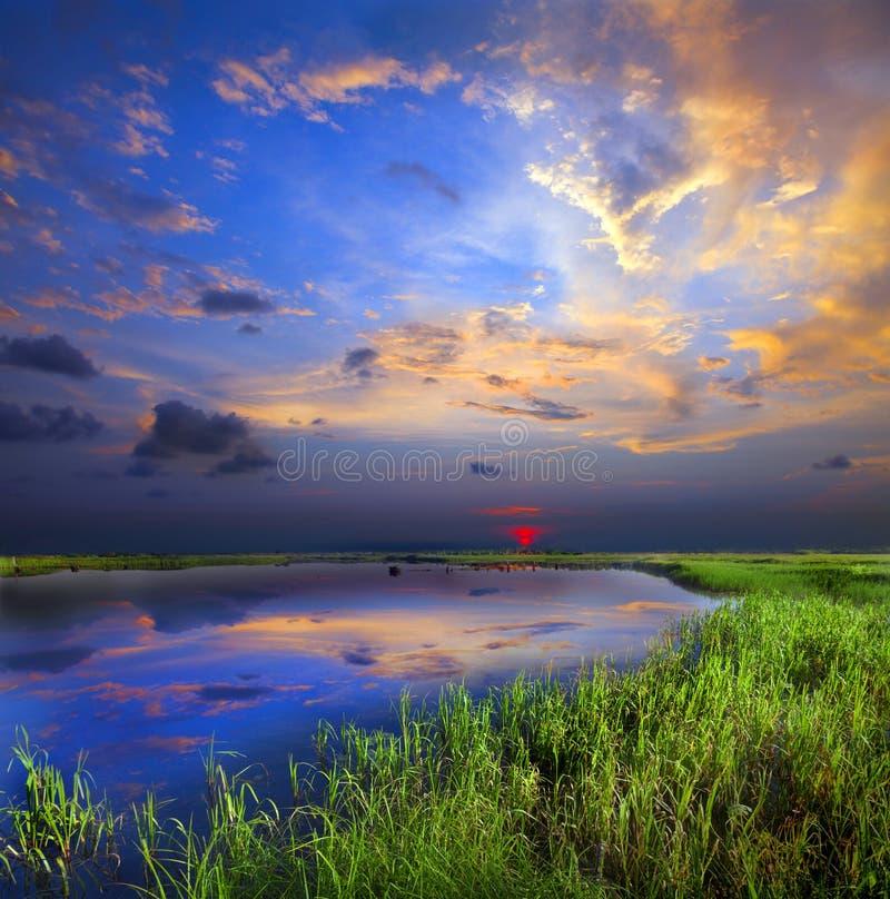 Free Sunset Over Lake Royalty Free Stock Photo - 49107145