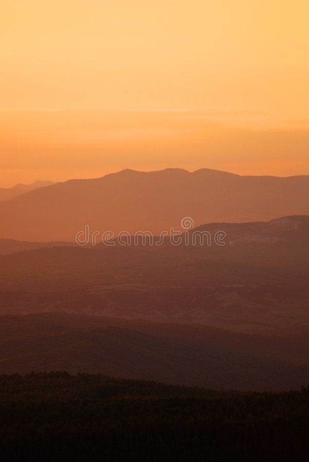 Free Sunset Over Mountains Ridges Stock Images - 3075534