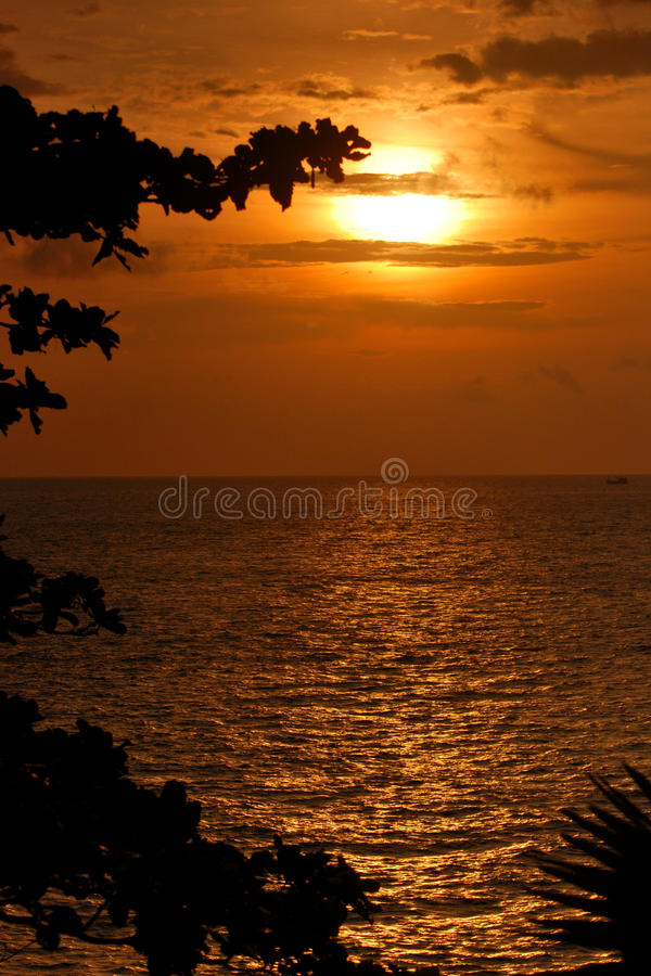 Free Sunset Over Sea Stock Images - 21781024