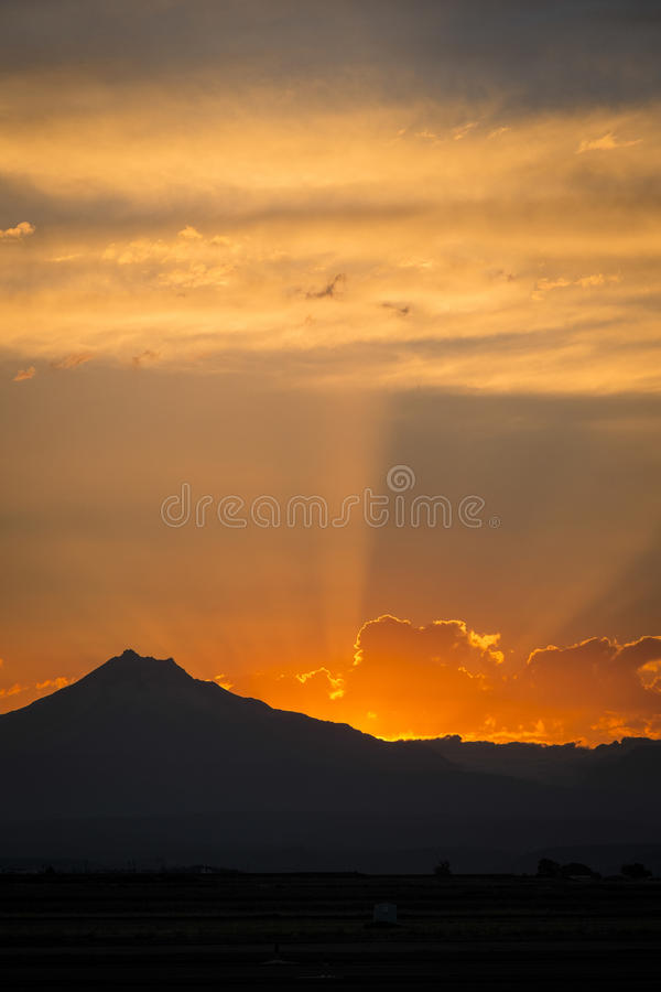 Free Sunset Rays Behind Silhouette Of Mountain Royalty Free Stock Photos - 33751488