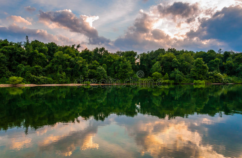 Sunset reflections in Lake Marburg, at Codorus State Park, Pennsylvania. stock photography