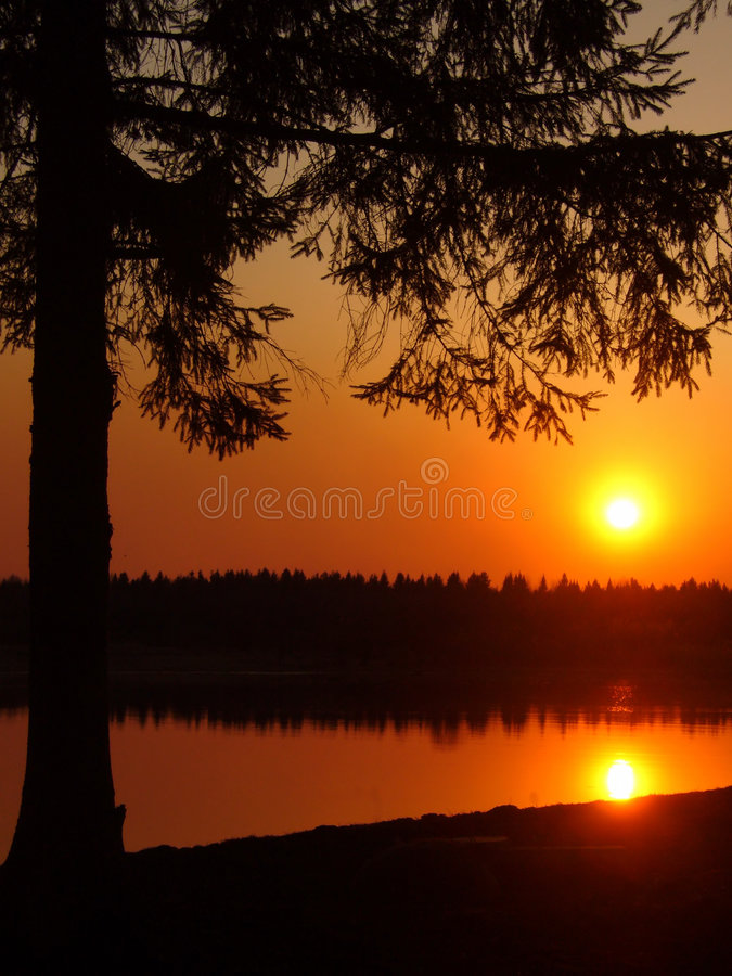 Download Sunset On River, Night Royalty Free Stock Photography - Image: 1719457
