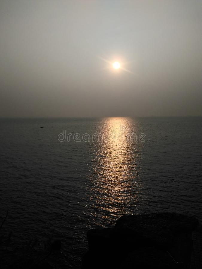 Sunset Sea Horizon Reflection royalty free stock photos