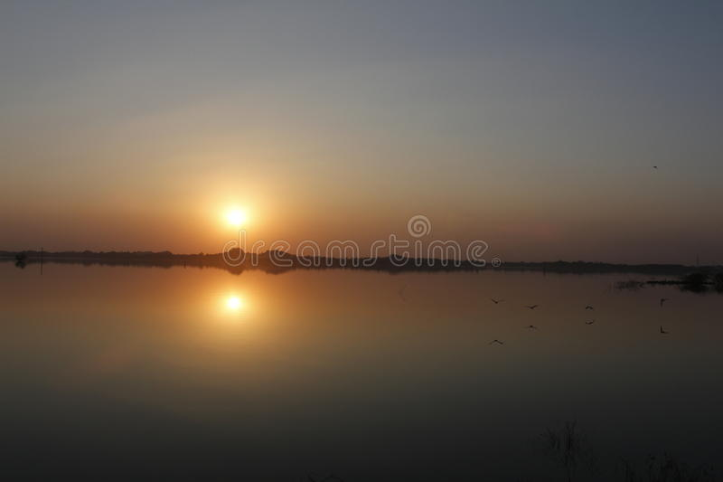 Sunset View Over Body Of Water Free Public Domain Cc0 Image