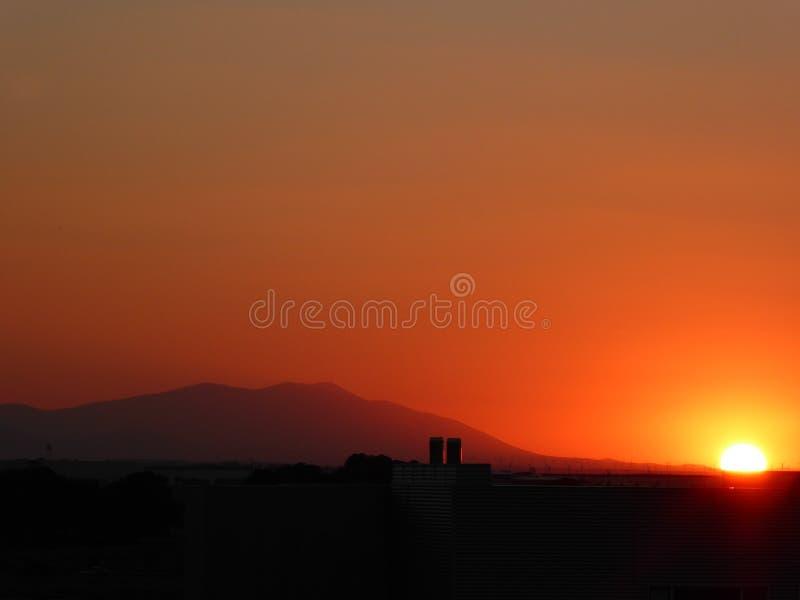 sunset wiatr pozyskiwania burzy obraz royalty free