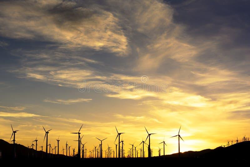 sunset wiatr rolnych zdjęcia royalty free