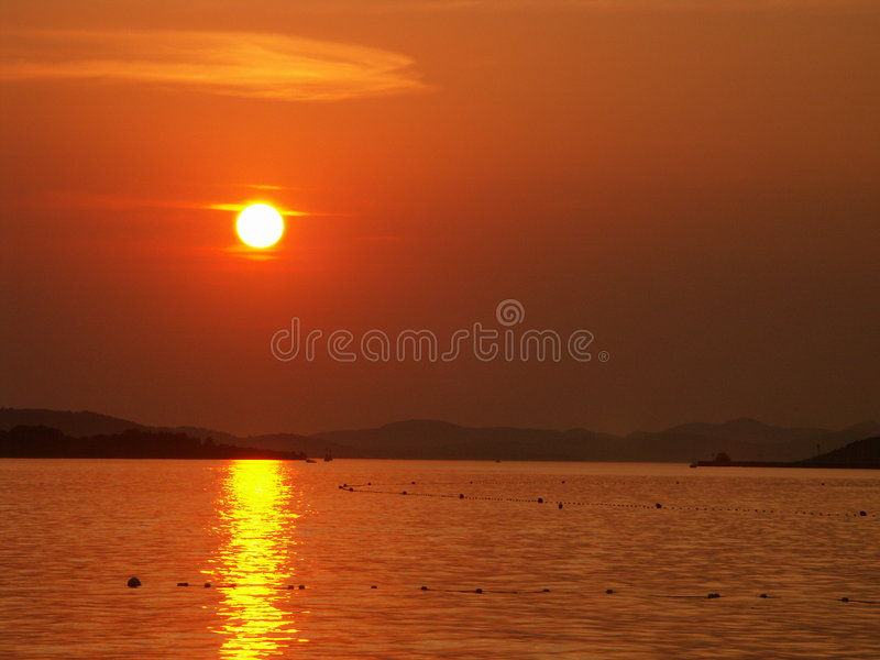 Download Sunset01 immagine stock. Immagine di sole, bello, croatia - 221365
