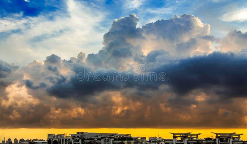 sunsets стоковое фото