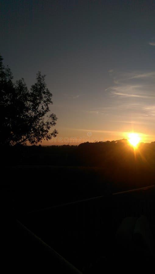 Sunsets in het land stock fotografie