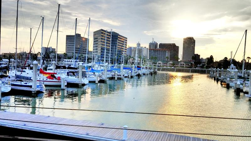 Sunsetting na costa fotografia de stock