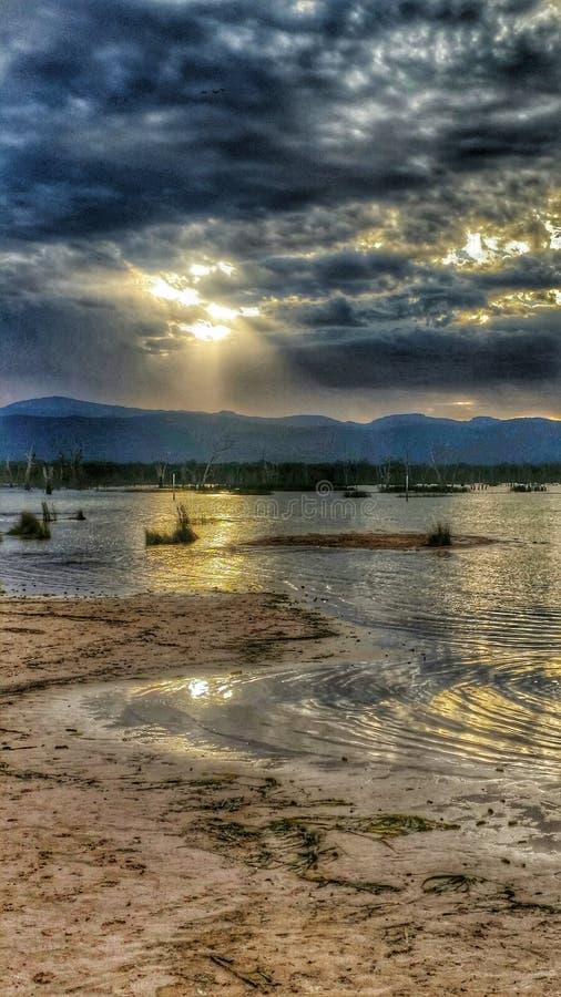 Sunsetting sobre el lago Feynes imágenes de archivo libres de regalías