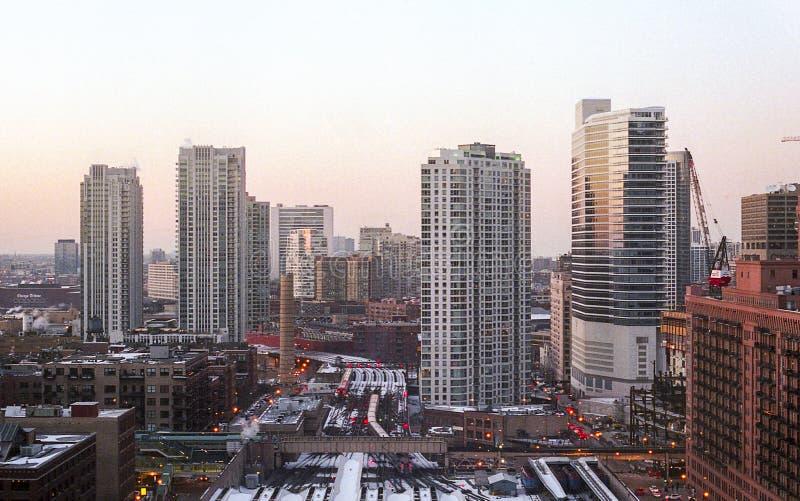 Sunsetting in un vicolo in Chicago immagine stock libera da diritti