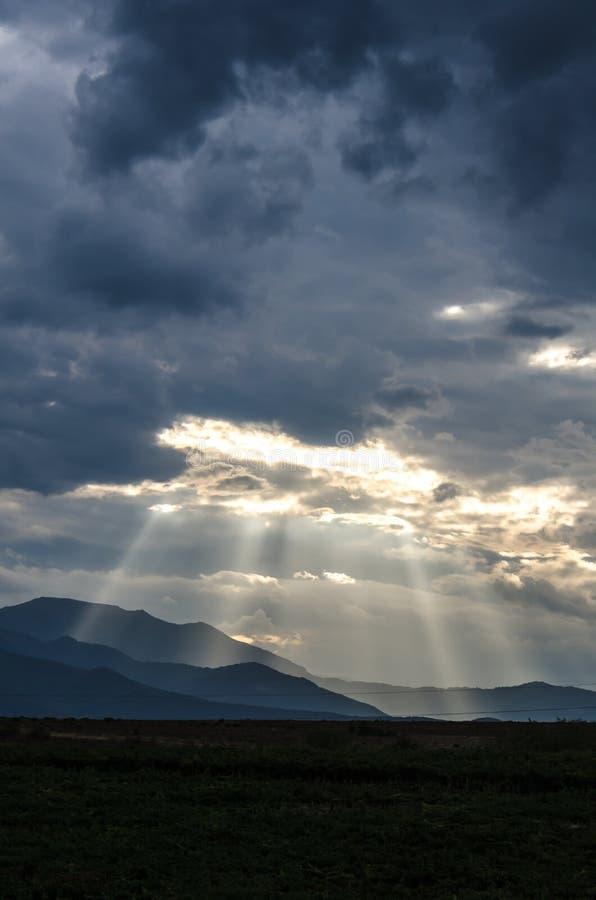 Sunshines na górach obraz stock